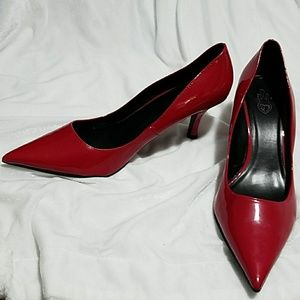 Torrid Sz.10 Red Kitten Heel